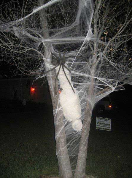 46 Successful DIY Outdoor Halloween Decorating Ideas Nobody Told You - how to make halloween decorations for yard