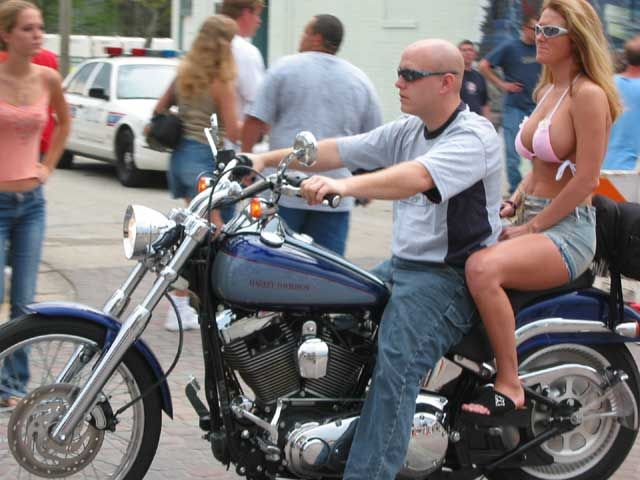 motorcycles dating site Motorcycledatingnet is the best motorcycle dating site to meet single women and men who ride a harley davidson, honda or bmw join and connect with other bikers.