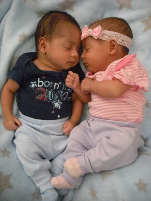 biracial twin babies my twins are black and salvadorean