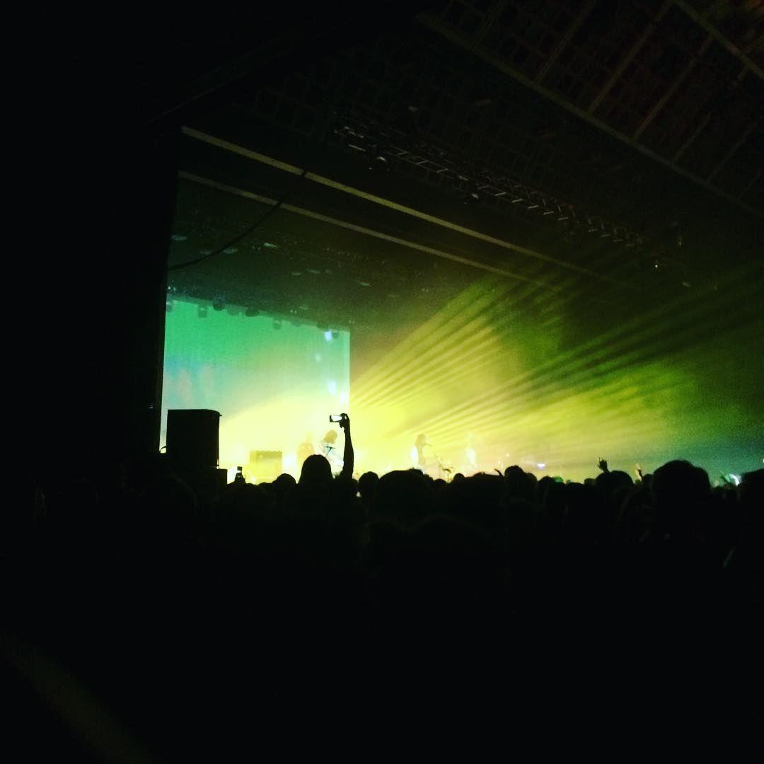 Klassisk koncertbillede på insta - men nice koncert anyway! #tameimpala #tameimpalalive #falconersalen #billigefadøl @l_asmeyer @rasmusjuulsgaard