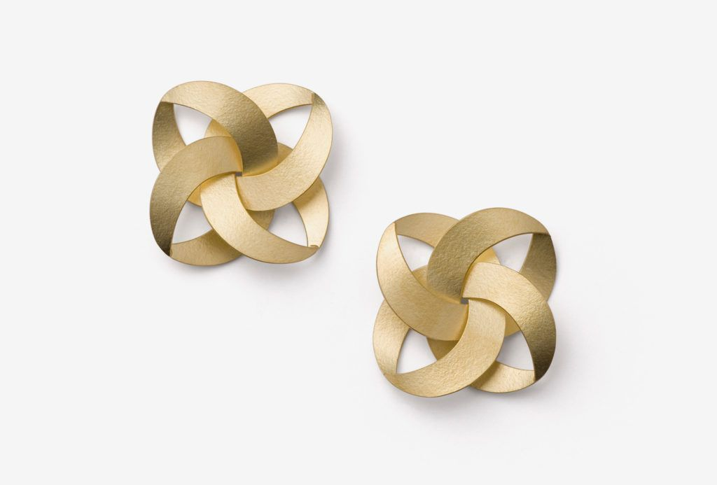 "Kazuko Nishibayashi. ""FLAT"" earrings (Musubi series). Gold 750"