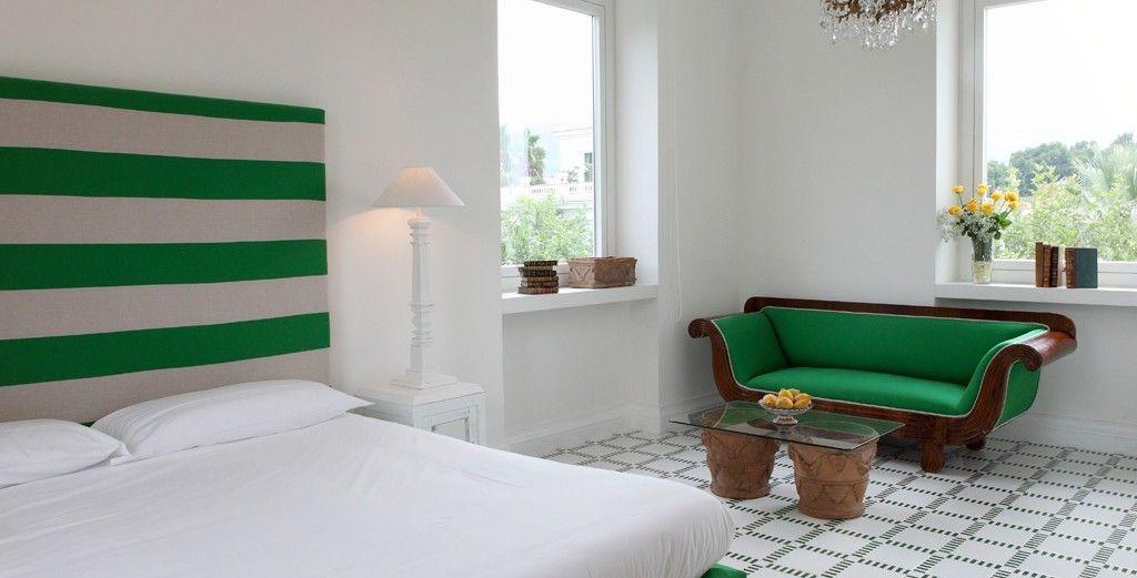 Villa Crawford, 9 bd, views, terrace, pool VRBO Villa