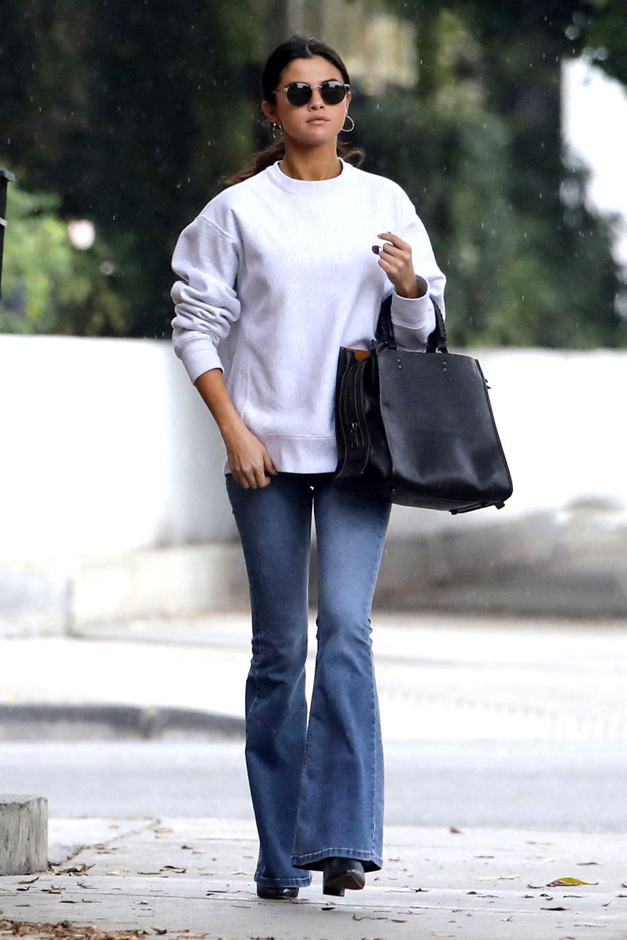 Predownload: Selena Gomez News Photo Fashion Selena Gomez Outfits Selena Gomez Street Style [ 1920 x 1280 Pixel ]