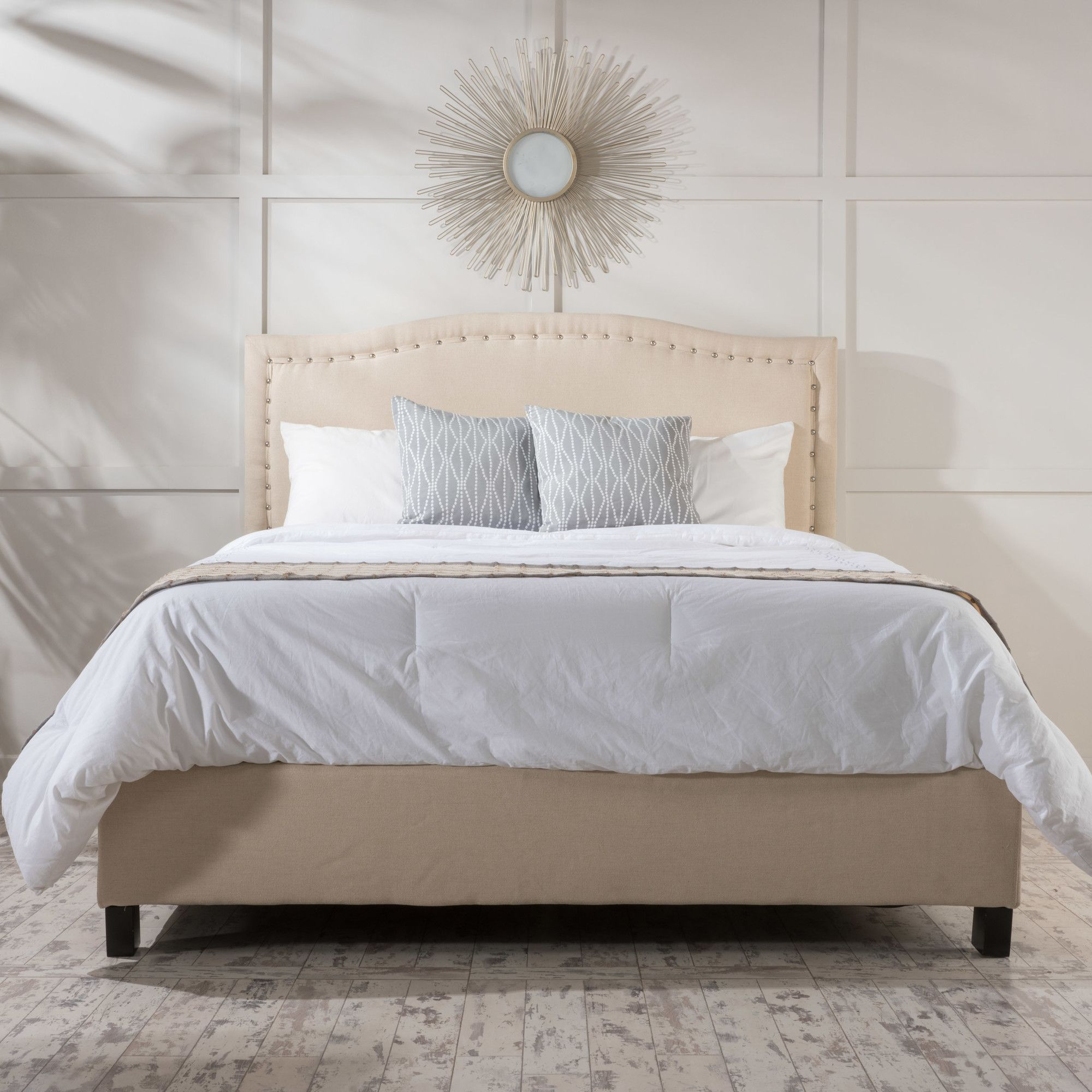 Glendon Upholstered Bed Set