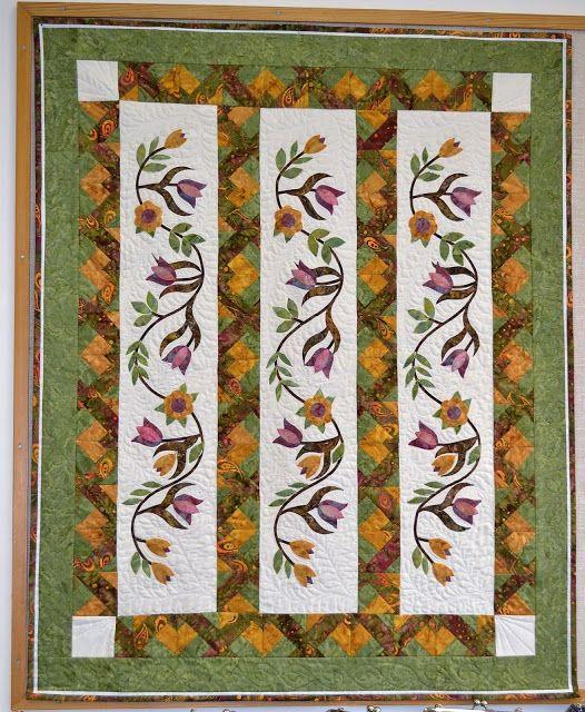 TILKKUTAIDE    Eija Kause: Kukkaköynös seinävaate