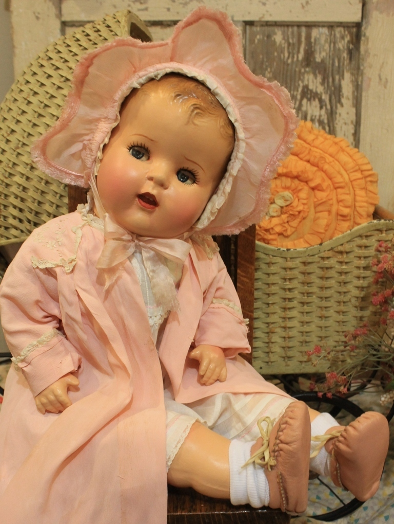 24 Flirty Eye Compositioin And Cloth Antique Baby Doll In Old Vinatage Clothes Ebay Click The Picture Or Link For A Big Baby Dolls Vintage Dolls Baby Dolls