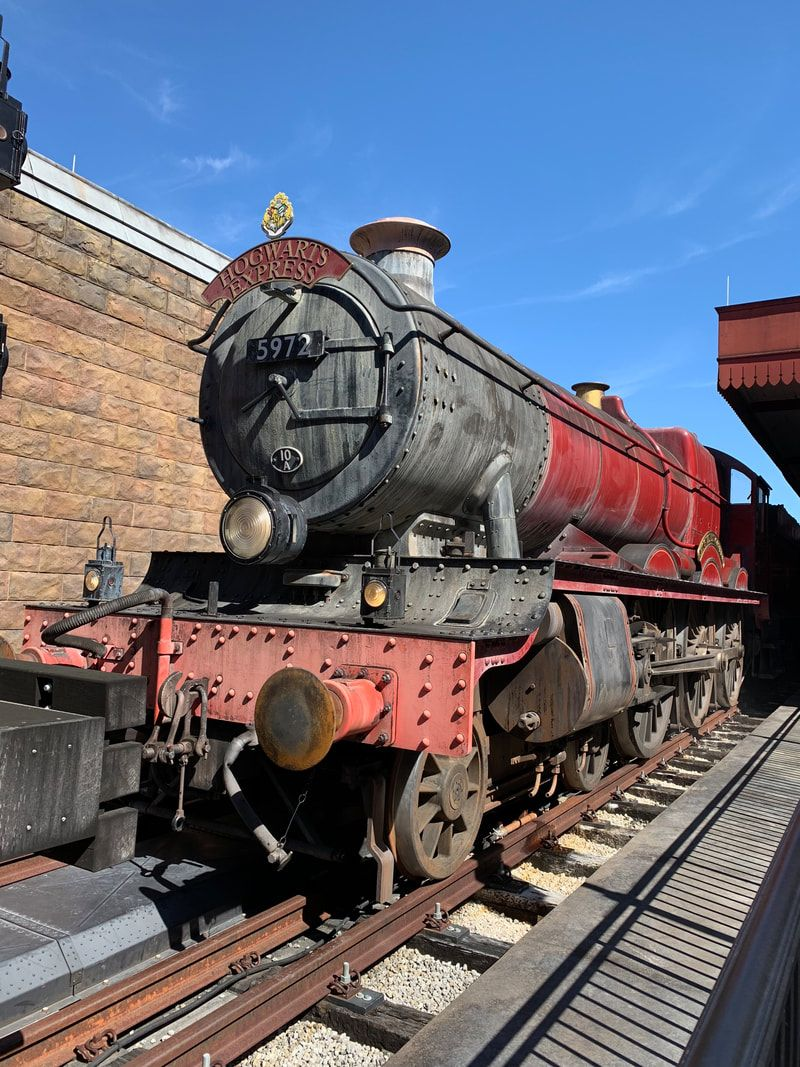 The Hogwarts Express Learn About The Top 10 Things You Cannot Miss On Your Visit To The W Wizarding World Of Harry Potter Wizarding World Harry Potter Travel