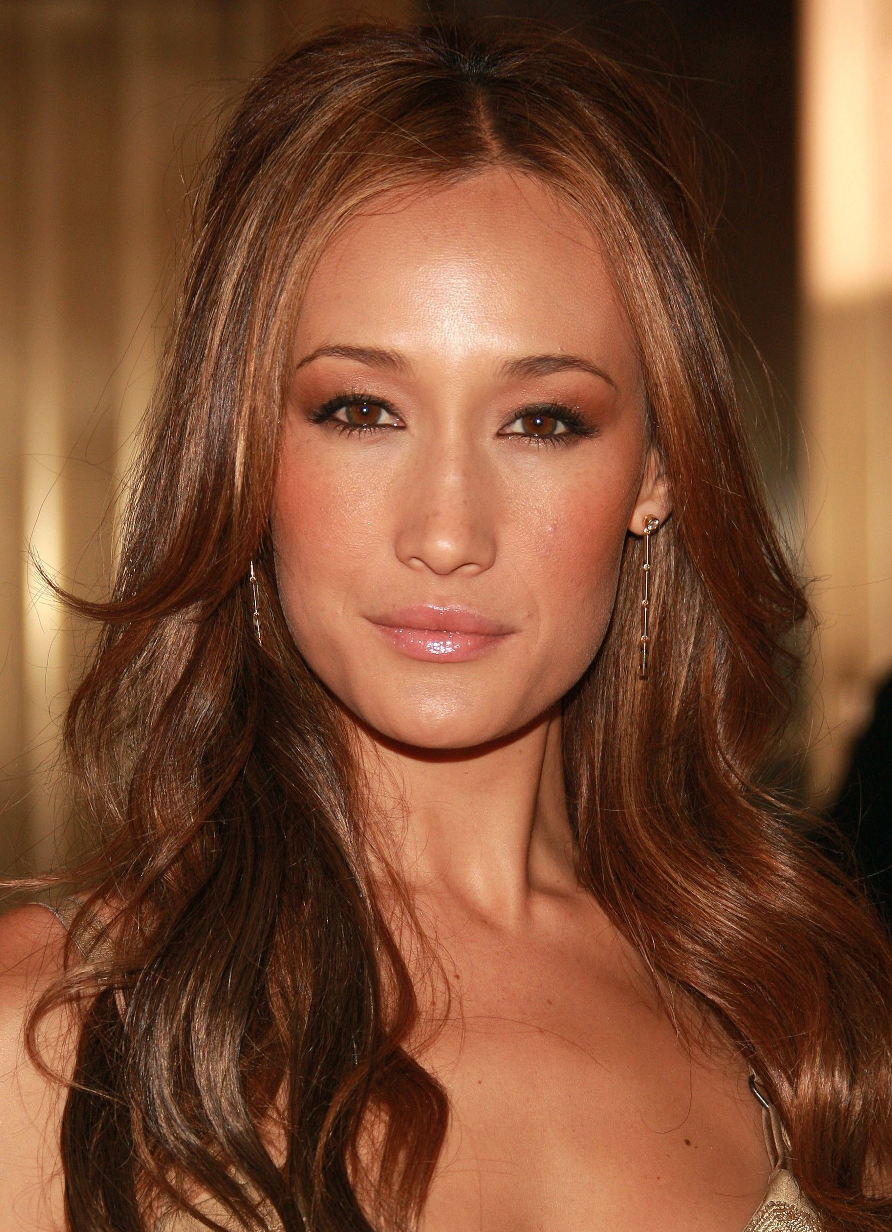 Maggie q hair color