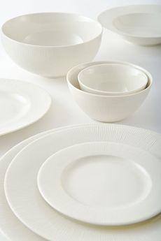 Silk Style Good Earth Dinnerware Luxury Retail Dinner Plates