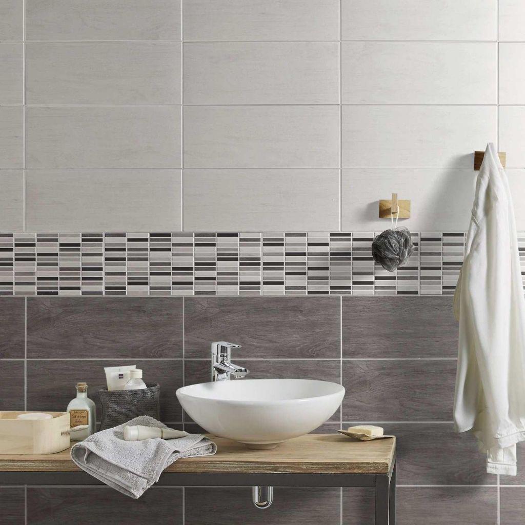 Extraordinaire Prix Carrelage Salle De Bain Leroy Merlin Faience Diy Bathroom Decor Bathroom Design Layout Small Bathroom