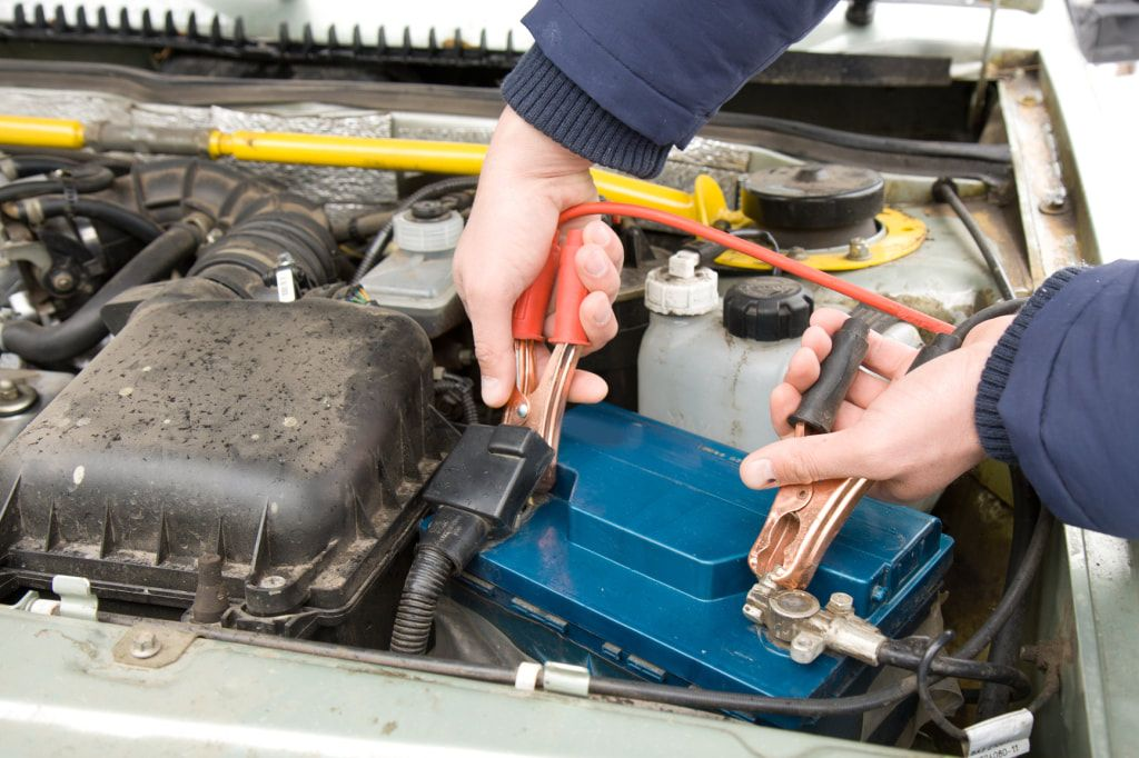 How Jumpstarting Can Revive Deadcarbatteries Car Battery Car Battery Chargers Dead Car Battery