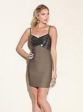 Short-Sleeve Edie Dress   GUESS.com - StyleSays