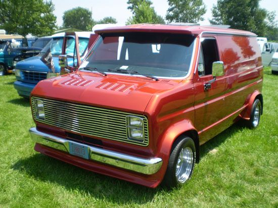 1982 Ford Econoline E150 Ford Van Custom Vans Cool Vans