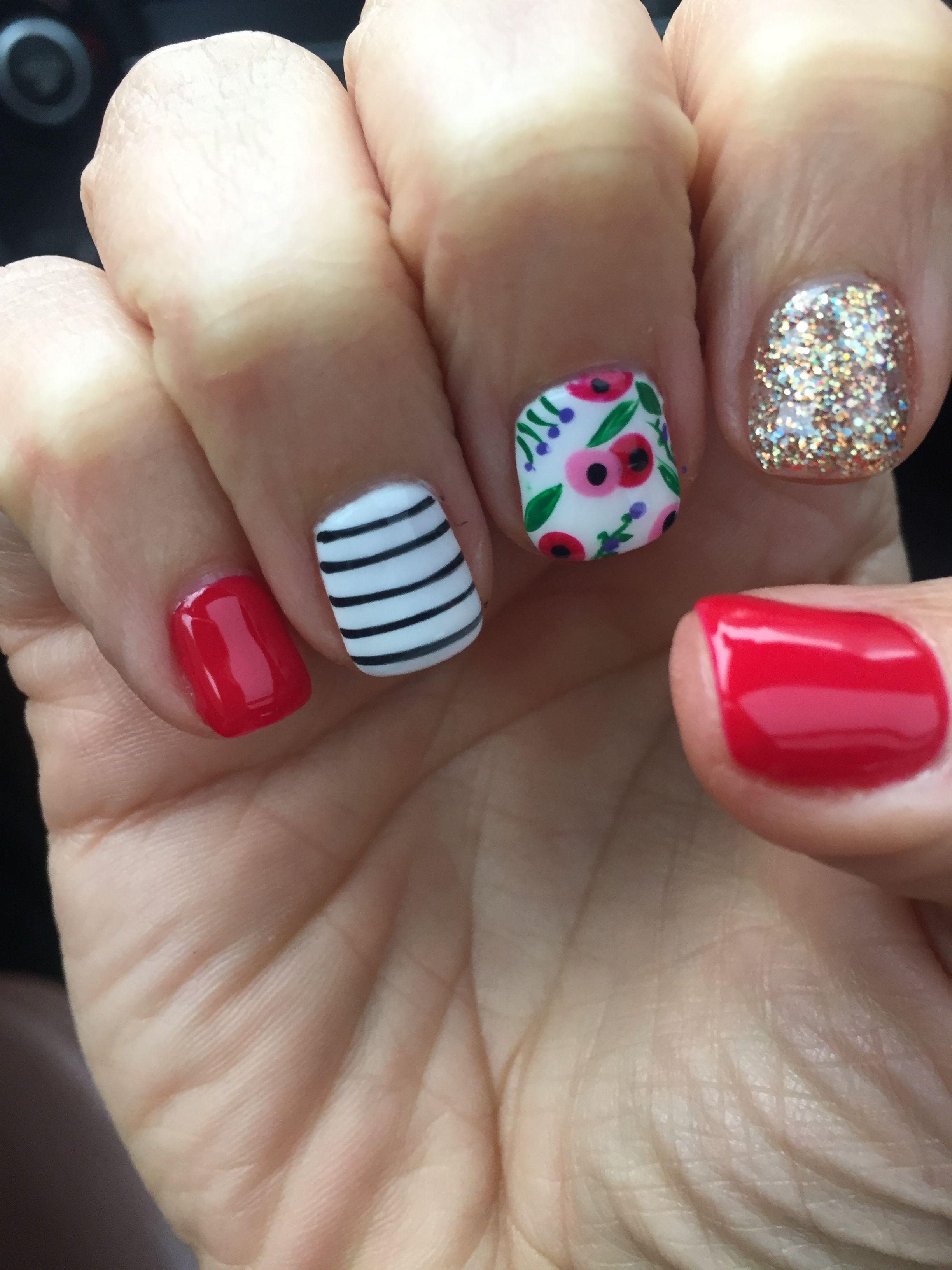 Spring flowers nail design gel shellac red mani | Hair, makeup ...