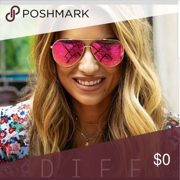 6ed29a47888 ISO  JESSIE JAMES DECKER DIFF SUNGLASSES Pink and Gold Diff Eyewear  Accessories Sunglasses