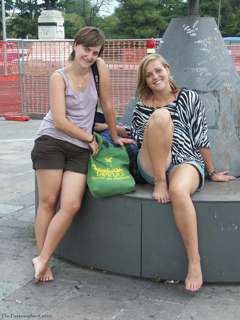Friendly Swedish Barefooters 1 by Feetosopher Going Barefoot, Walking  Barefoot, Barefoot Girls, Sexy