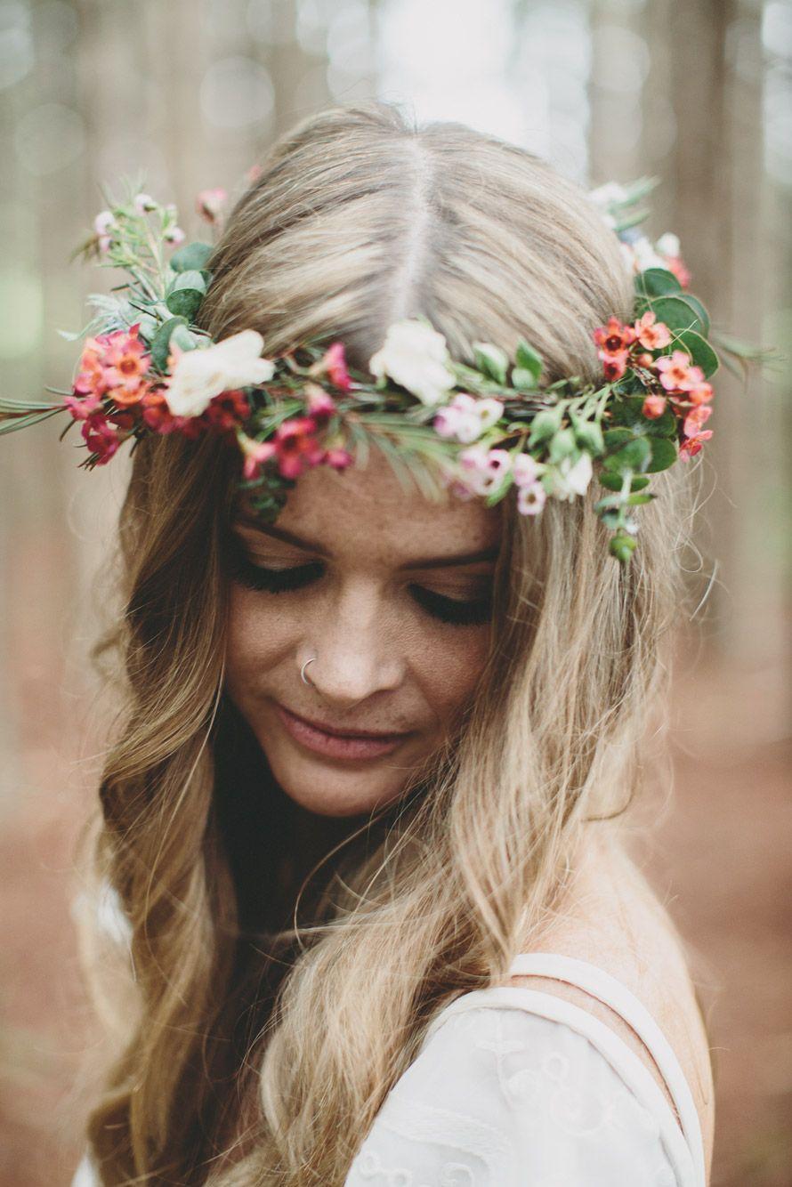 boho novia llevaba corona de la flor de cera
