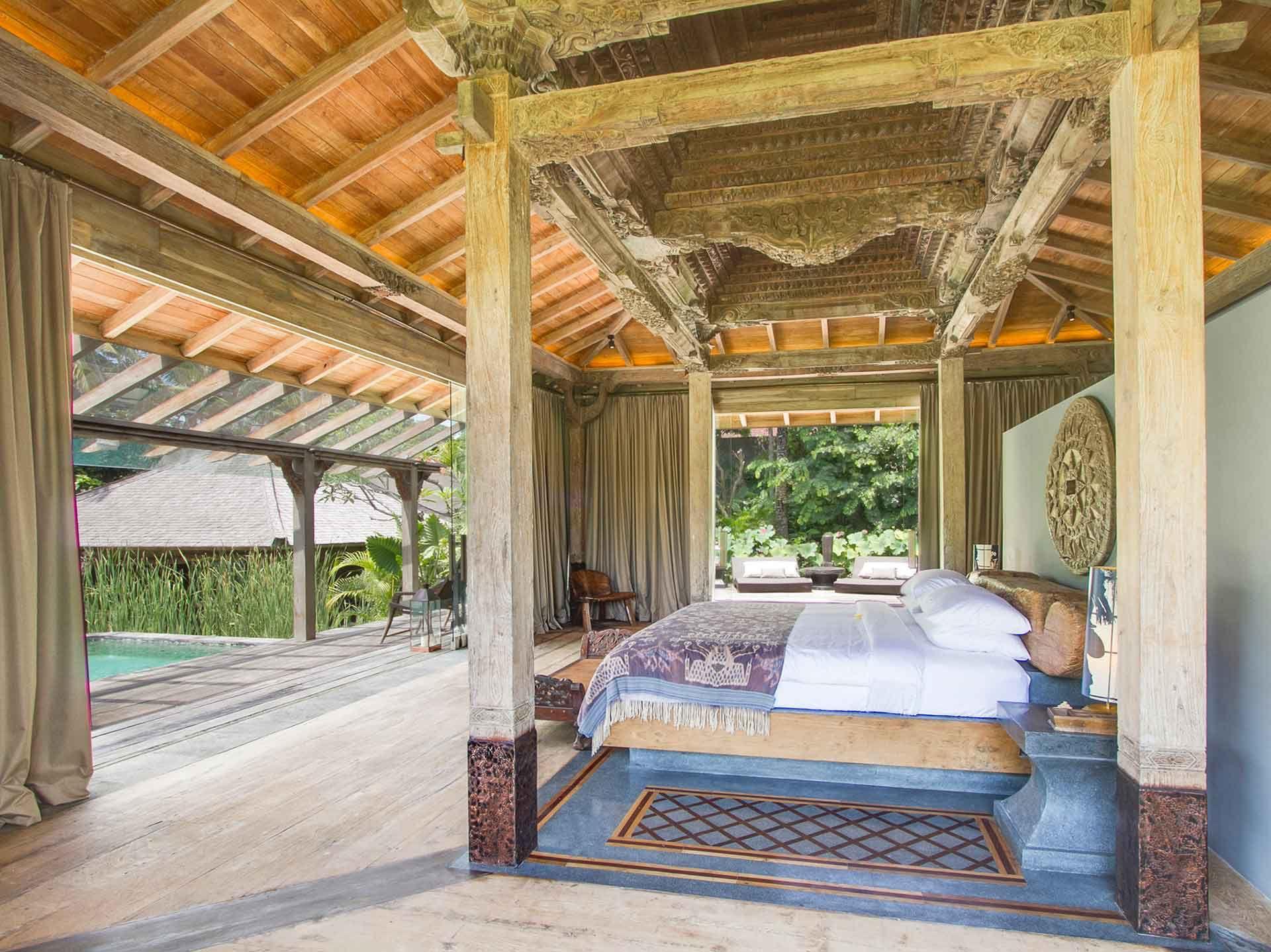 Stunning Balinese Style Bedroom - Wwwaffittabalicom
