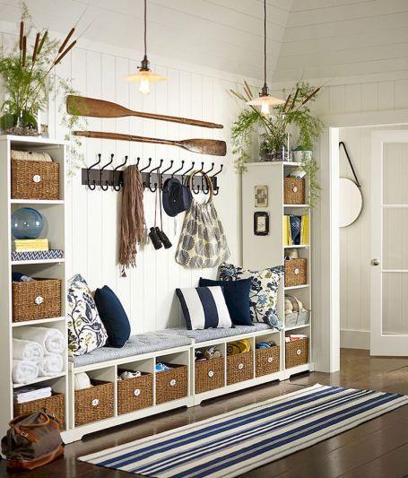 70 Cool and Clean Coastal Living Room Decorating Ideas #coastallivingrooms