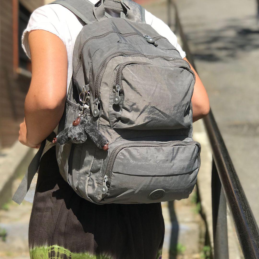 14f9807b1e75b Su geçirmez, krinkıl sırt çantası. Görseldeki çantamız 89 TL dir Kargo ve  kapıda ödeme dahildir Ölçüle