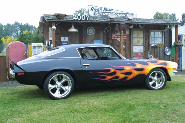 1971 Camaro. I normally dont like flame paint jobs but ...
