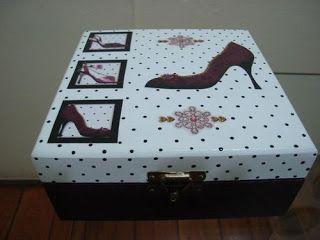 Artesanatos de Arminda Freitas: Caixa bijuteria Sapato - 2011