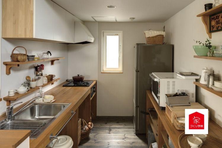 新築 リフォームの会社選びは家づくり学校へ 通常のキッチンよりも