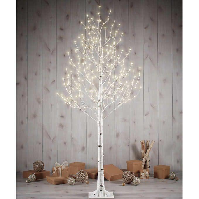 Costco Twinkling Christmas Tree: Winter/ Spring Holidays