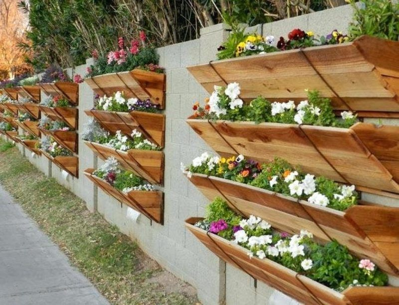 17 Amazing Vertical Garden Ideas for Your Small Space ...
