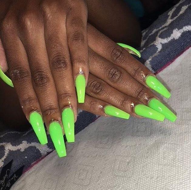 Follow Brownskin Goddesss For More Green Acrylic Nails Neon Green Nails Pretty Acrylic Nails