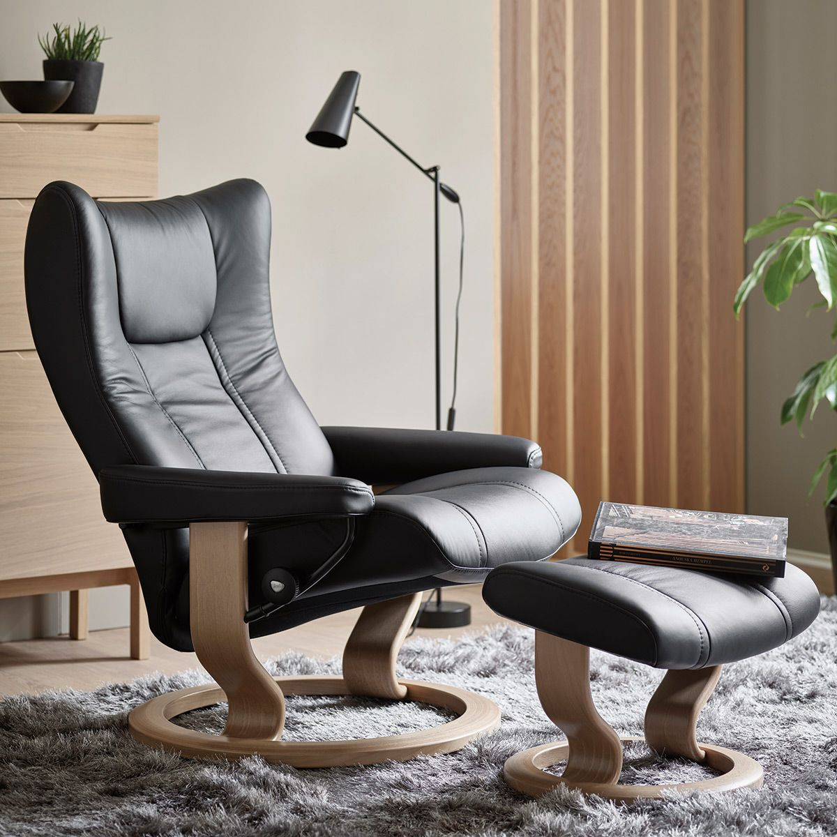 Stressless Wing Scandinavian Recliner Chairs Stressless Recliner Rooms To Go Recliners