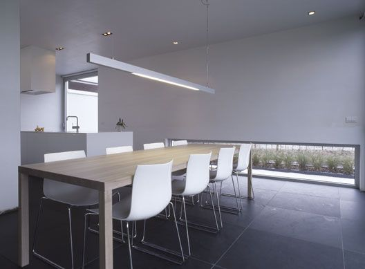 Verlichting eetkamer verlichting eettafel pinterest for Moderne verlichting eetkamer