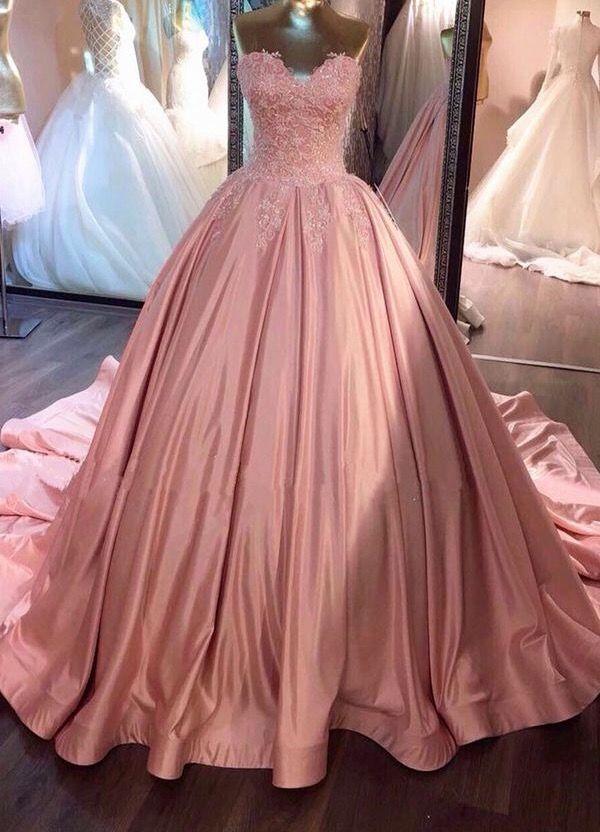 Think PINK - Beautiful Gown!   Vogue, Fashion, Audrey Hepburn ...