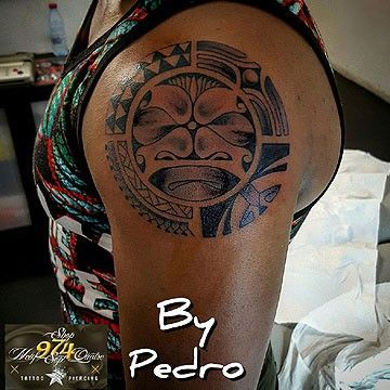 974 Tattoo Piercing Artistes Tatoueurs A Connaa Tre Sur La Ra C Union Artistes Tatoueurs Piercing Tatouage