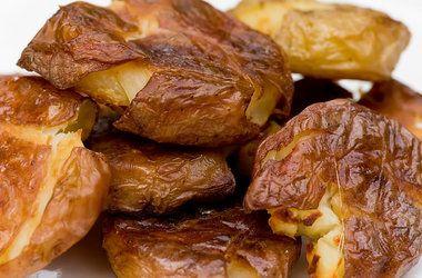 Salt and Vinegar Roasted Potatoes — Punchfork