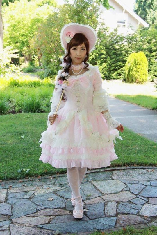 #himelolita #lolitafashion #harajukustreetfashion #japanesefashion #lolitabonnet #hime #princesslolita