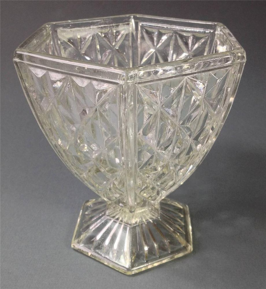 Vintage art deco depression glass vase crown crystal diamonds vintage art deco depression glass vase crown crystal diamonds pattern reviewsmspy