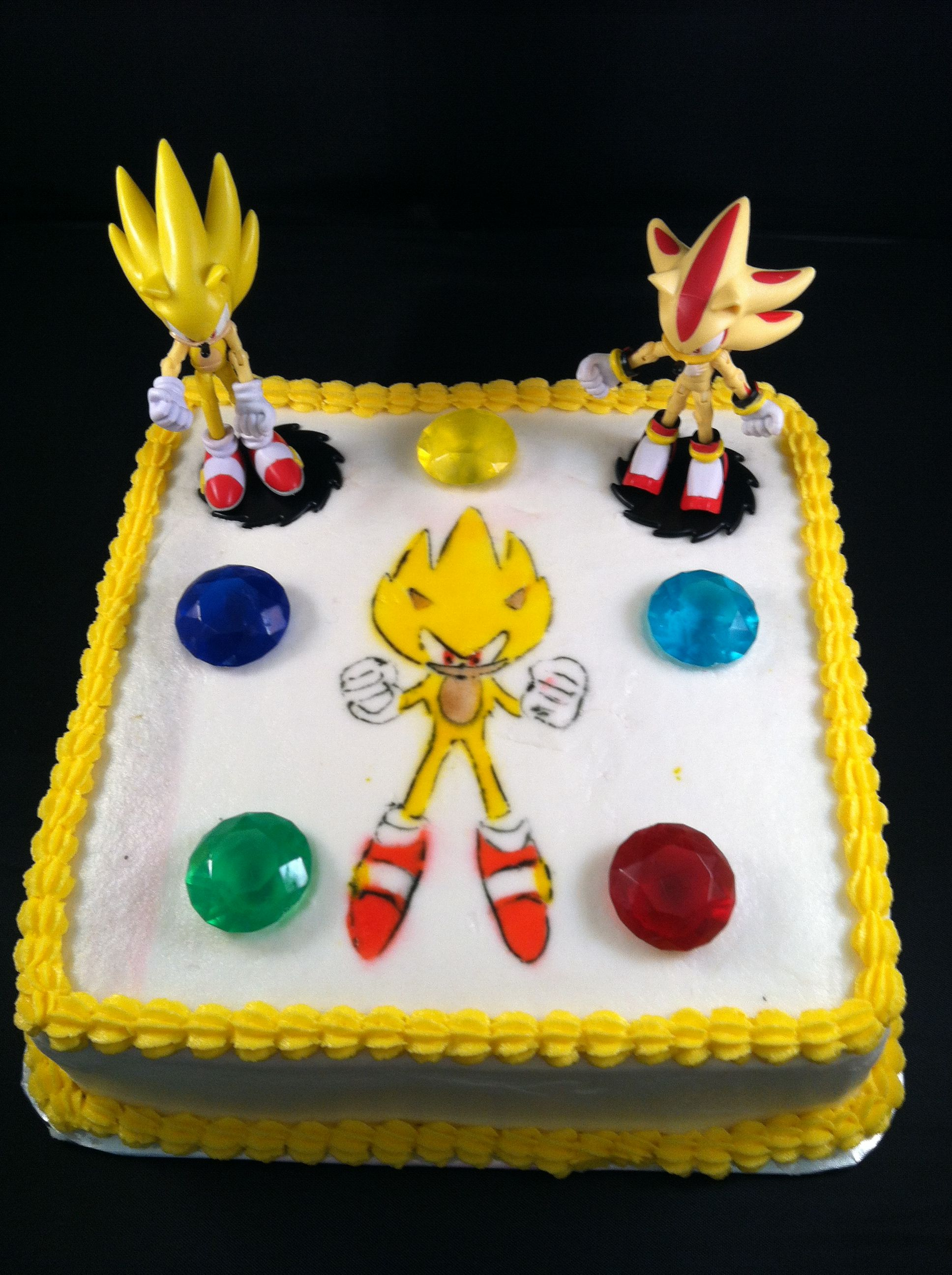 Super Sonic Themed B Day Cake Buttercream Iced Sonic Is Airbrushed Jewels And Other Characters Are Store Sonic Cake Sonic Birthday Cake Sonic Birthday