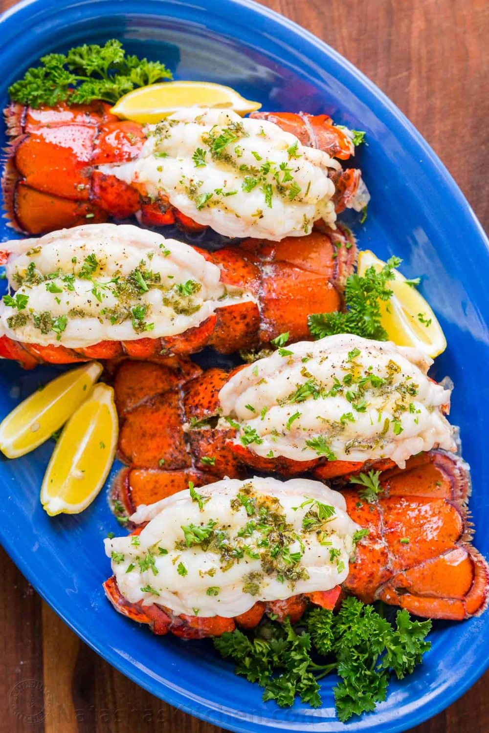 Broiled lobster tails are easier to make than you think - only 10 min in the oven! Video tutorial on how to butterfly lobster tails. Prepare your own restaurant quality, seriously delicious lobster tails. Broiled lobster meat is crazy tender, juicy and every bite is bursting with fresh lemon butter flavor. #lobstertail Broiled lobster tails are easier to make than you think - only 10 min in the oven! Video tutorial on how to butterfly lobster tails. Prepare your own restaurant quality, seriously #lobstertail