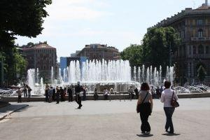 The Wedding Cake Fountain In Milan Beautiful Italy