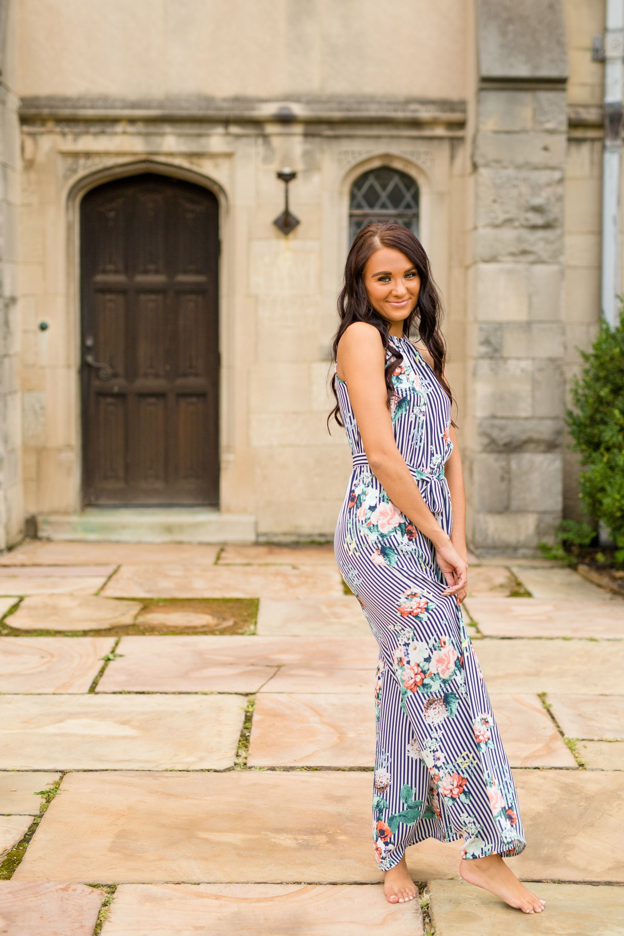 Maddy L Hartwood Acres Senior Photos With Images Outfit