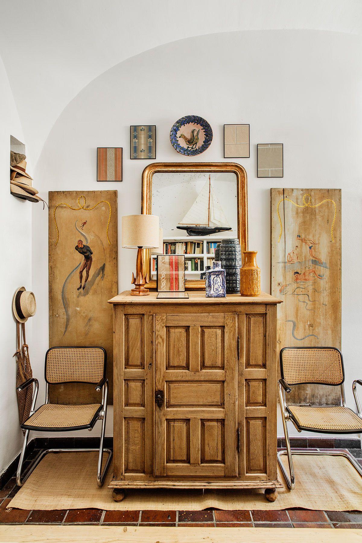 El showroom dom stico de casa josephine en el recibidor - Sillas de recibidor ...