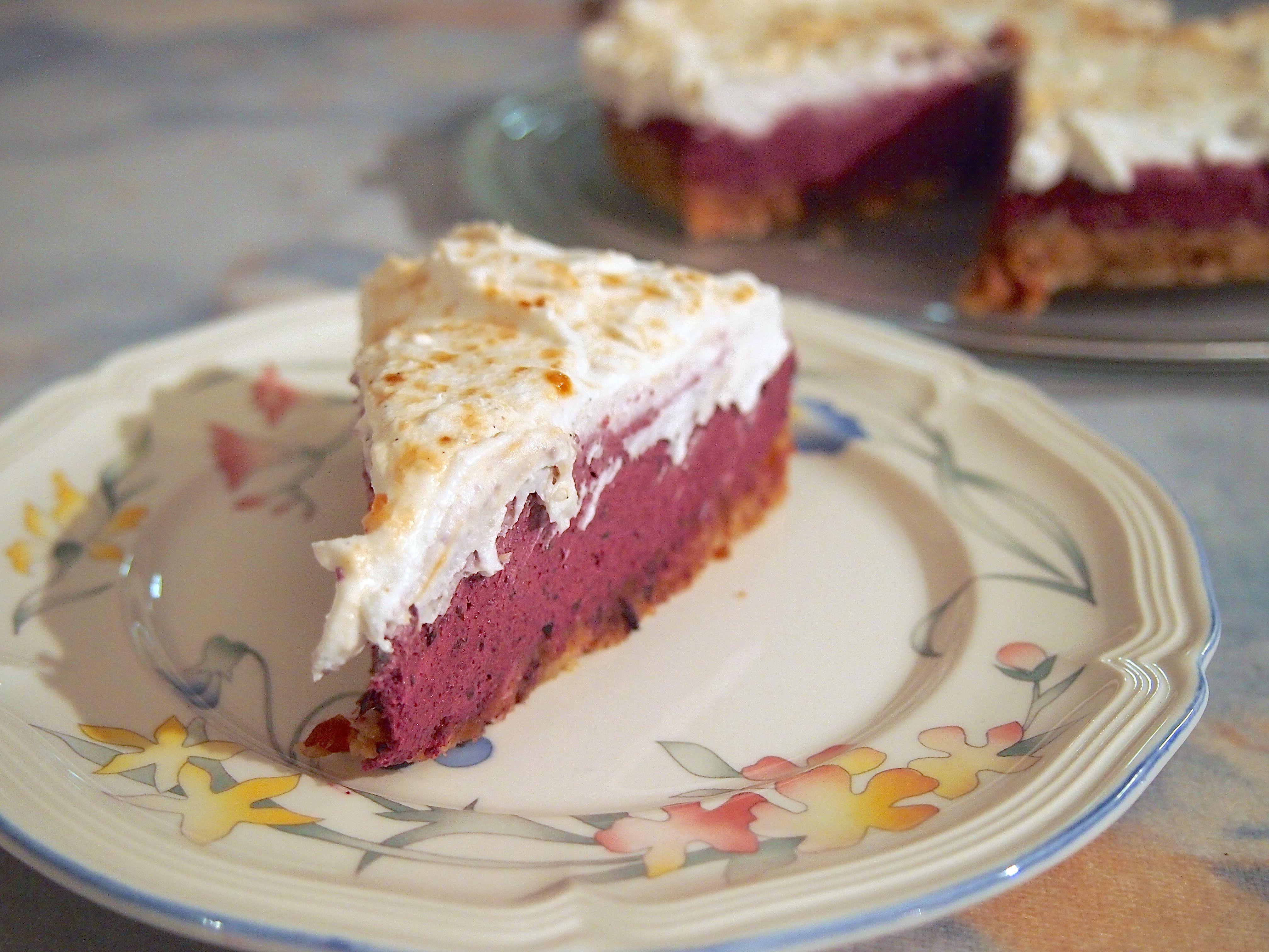 Welberries: Kanelinen mustaherukka-kardemummakakku (raaka)