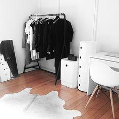 Closet. Begehbarer Kleiderschrank ...