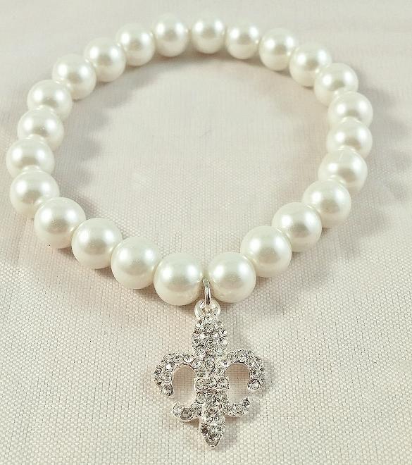 514109 Fleur de Lis Single Strand Pearl Bracelet
