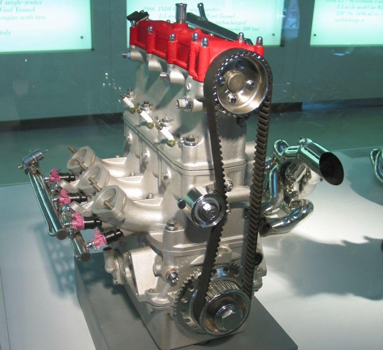 Ferrari F134 2T Three cylinder twostroke, SOHC, fuel