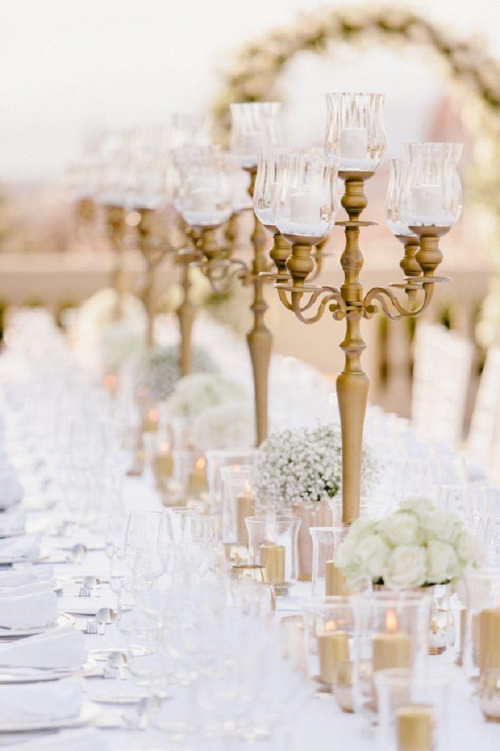 Gold,White and Navy blue elegant wedding centerpieces | itakeyou.co.uk #wedding #weddingcenterpieces #goldwedding