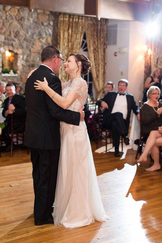 Bride + Groom's First Dance   Wedding Reception   Poplar Springs Inn & Manor   Maureen + Bill   VA MD DC Wedding + Engagement Photographer   Candice Adelle Photography
