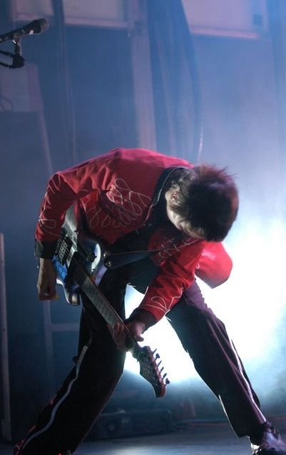 Matt Bellamy - Muse - Molson Amphitheatre, Boston, Massachusetts, USA (August 2004)