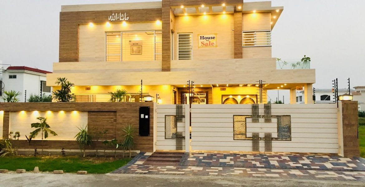 1 KANAL TOP CLASS CONSTRUCTION ELEGANT HOUSE IN DHA LAHORE | House,  Bungalow exterior, Building a house